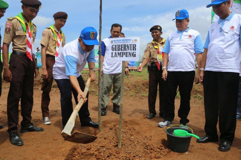 19.000 Batang Pohon Tertanam di Bumi Perkemahan Jatiagung