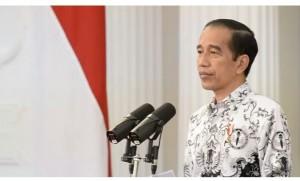 Presiden Jokowi Minta Para Guru Terus Berinovasi Melangsungkan Kegiatan Belajar-mengajar.