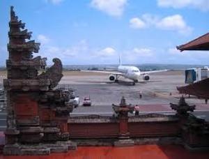Perpanjang Penutupan Bandara Ngurah Rai