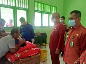 Kommari Adakan Khitanan Massal Di Kecamatan Pugung.