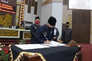 DPRD Pringsewu Gelar Paripurna Penandatanganan Nota Kesepakatan KUA-PPAS 2021
