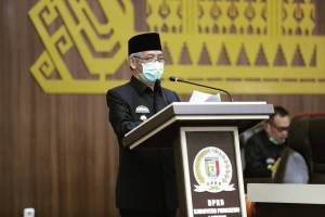 Bupati Pringsewu Sampaikan LKPJ Kada Tahun 2019.
