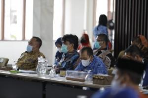 Sekdakab Pringsewu Hadiri Rakor Evaluasi PPKM Mikro Di Bandarlampung