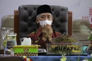 Bupati Pringsewu Ikuti Acara Penyerahan DIPA & TKDD 2021 Provinsi Lampung Secara Virtual