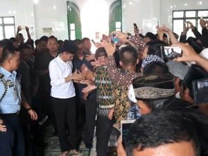 Warga Wira Bangun Mesuji Antusias Sambut Presiden Jokowi