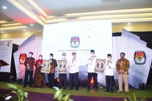 Pengundian Nomor Urut Pasangan Calon Walikota/Wakil Walikota Bandar Lampung.